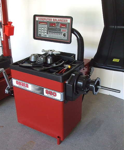 tire balancers remanufactured coats 950 1000 tire balancer rh go2ies com Tire Balancer Coats 101 Coats 950 Tire Balancer